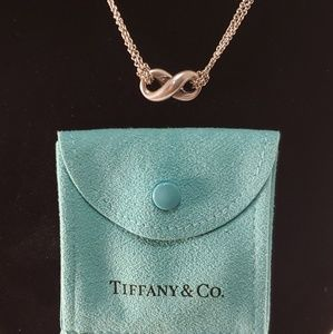 TIFFANY CLASSIC INFINITY PENDANT DOUBLE CHAIN